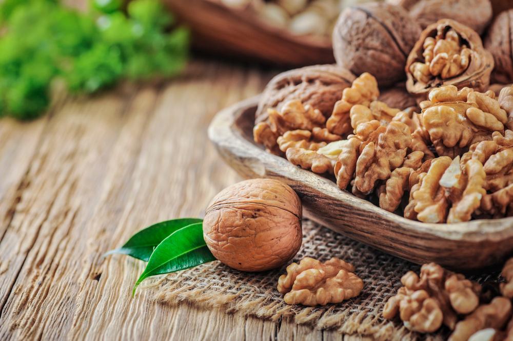 alimentos ricos en omega 3: frutos secos