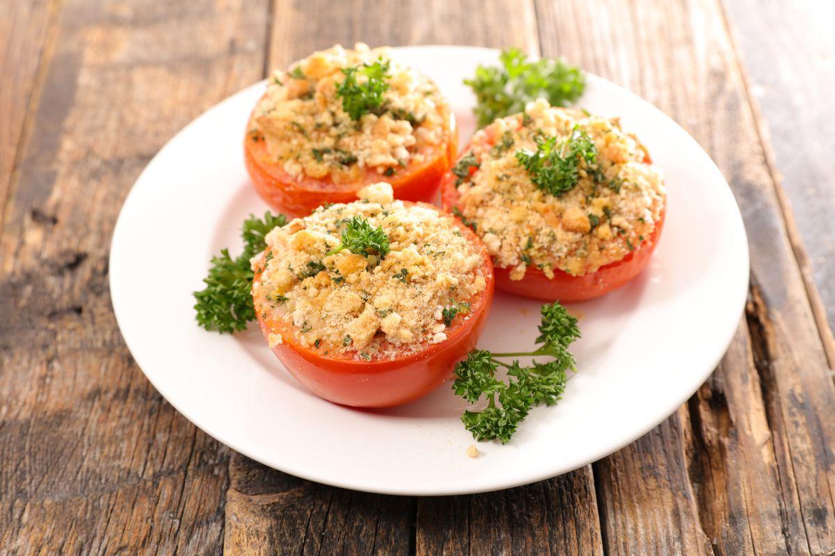 tomates gratinados: ligeros y deliciosos
